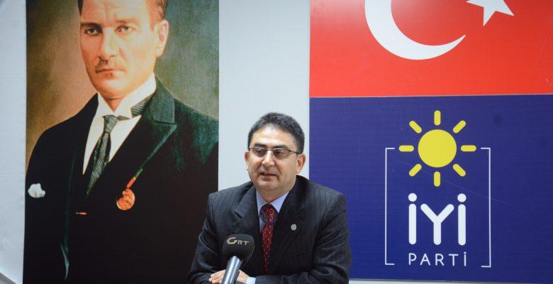 Hocaoğlu AKP'li Yöneticilere Yüklendi