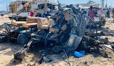 Öğrenci otobüsüne bombalı saldırı: En az 100 kişi öldü