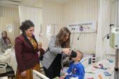 Tedavi Gören Çocuklar VR Gözlüğüyle Tanıştı