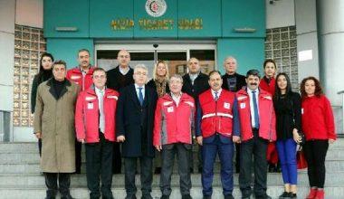 Nizip'ten, Kızılay'a destek