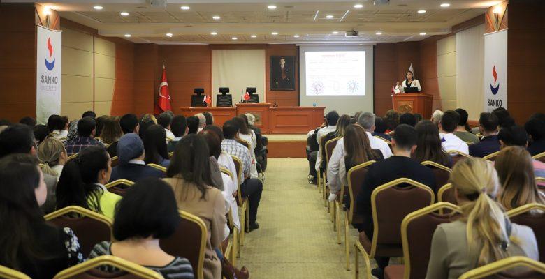 Sanko Üniversitesi'nde Coronavirüsler Anlatıldı