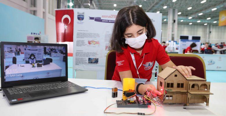 Sanko Okulları öğrencileri TEKNOFEST 2020'de  11 proje ile yarışıyor