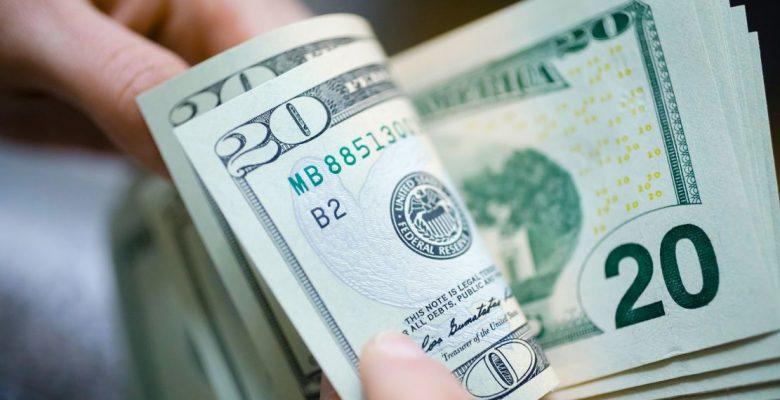 Dolar'da gerileme kısa sürdü