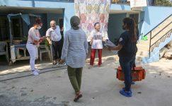 Adana: Evde bakım ve sağlık hizmeti son sürat devam ediyor